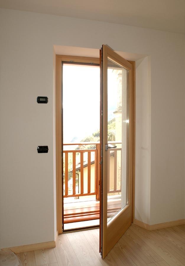 Trainotti design finestre ed ante oscuramento - Miglior materiale per finestre ...
