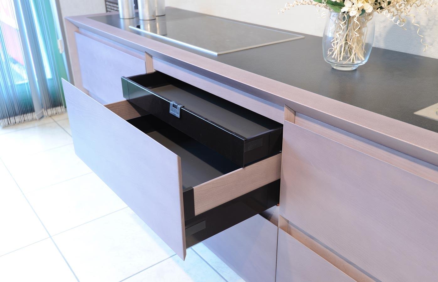 Trainotti design mobile da cucina for Arredo bagno trento via maccani